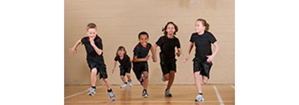 educacao-fisica-escolar-com-enfase-na-educacao-infantil-pequena