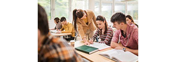 Educacao-com-Enfase-no-Ensino-Fundamental---Anos-Finais-e-Ensino-Medio