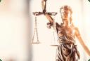 Imagem ilustrativa mostrando a deussa Themis, símbolo do curso de direito